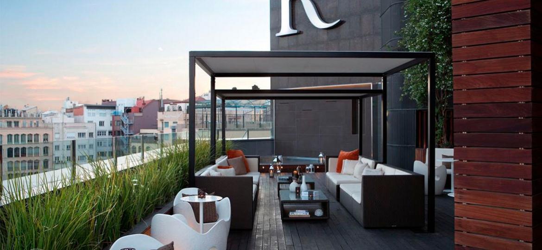 Renaissance_Mariott_0000_rooftop_terrace